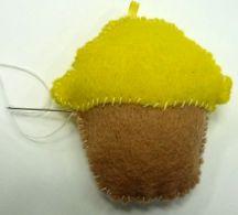 cupcake_feltie_24