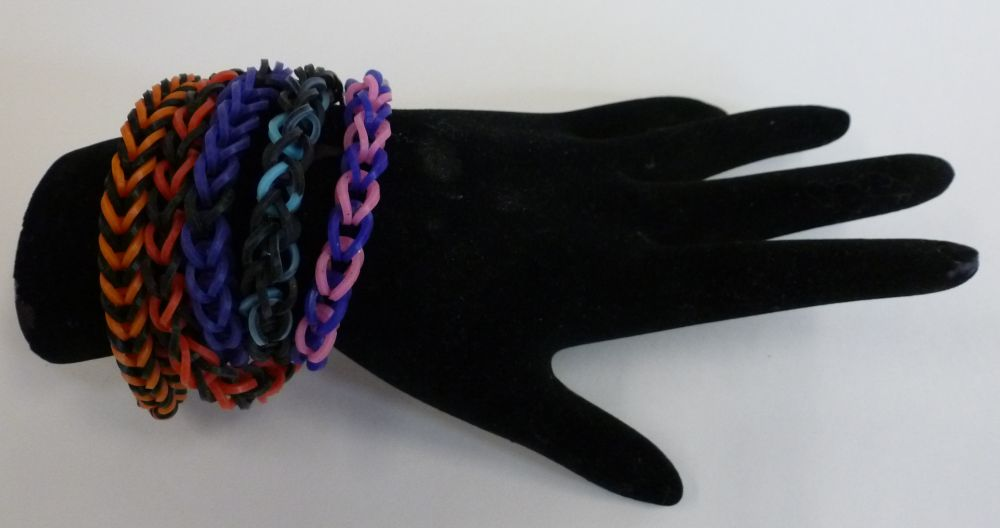 Tutorial Tuesday Rubber Band Bracelets Without A Loom