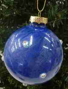 ball_ornaments_02
