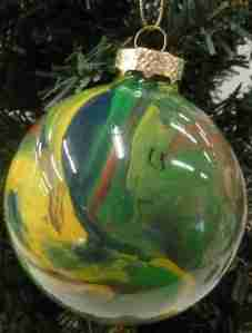 ball_ornaments_04